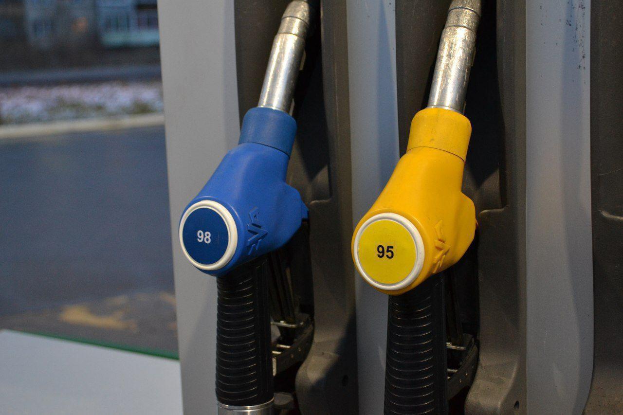 Бензин вКрасноярске признан одним изсамых доступных