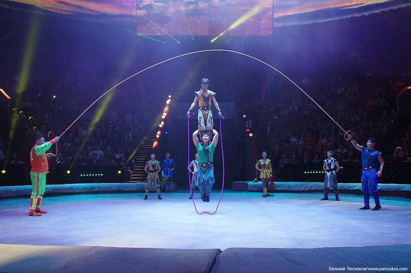 Бурятский цирк. 70. 03.03.17. скакалка..jpg