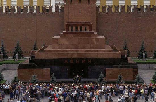 Пост № 1. Мавзолей Ленина. Смена караула