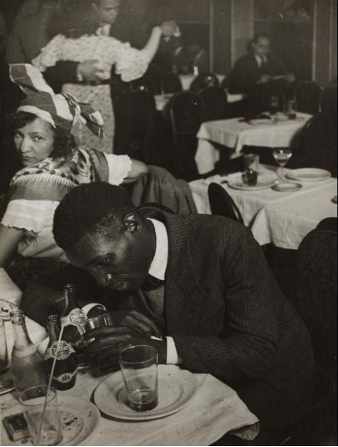 1932. В дансинге «Cabane Cubaine», Монмартр