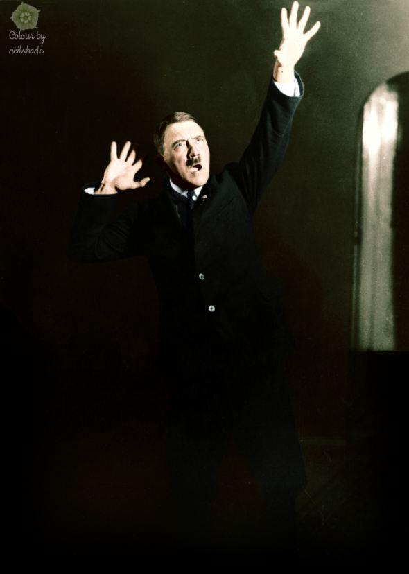 hitler-rehearsing-19251.jpg