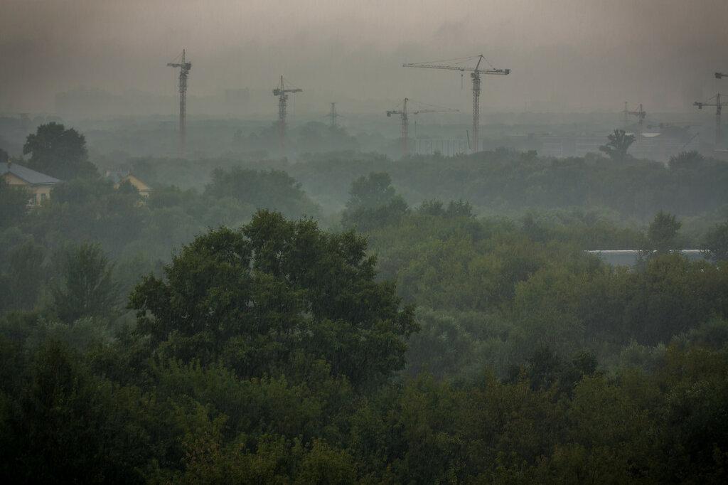 Москва в тумане и дожде