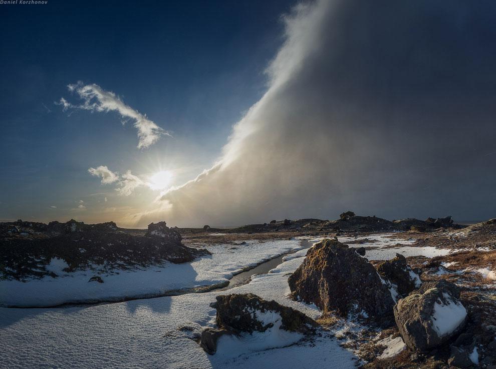 Этот день мы провели «под колпаком» доброго окошка на леднике Скафтафель. Было клёво. Мы даже с