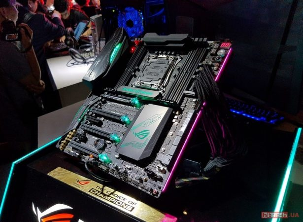 Игровое мероприятие от Asus также собрало огромное количество фанатов их устройств, тем более