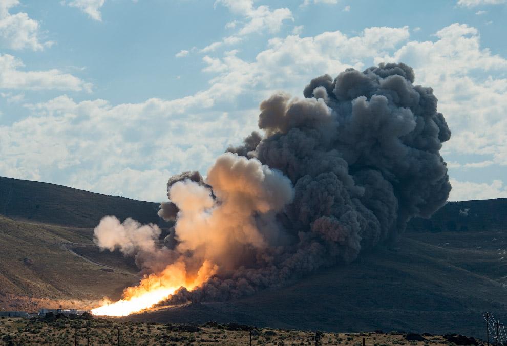 9. В 2030-х годах при помощи этой ракеты запланирован пилотируемый полет на Марс. (Фото NASA |