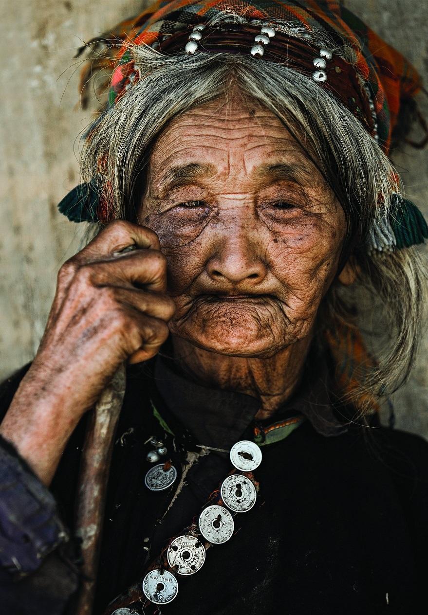 2. Портрет жительницы деревни Дьен Бьен Пху.