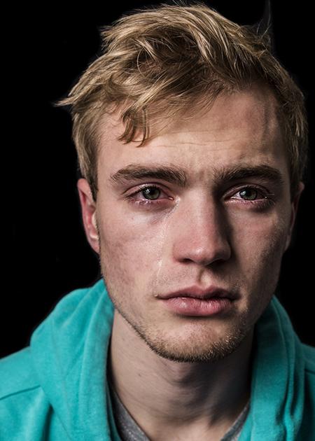 Арфор, 19 лет: «Кто-то смеется, кто-то плачет. Что плохого в том, что человек делает то, что естеств