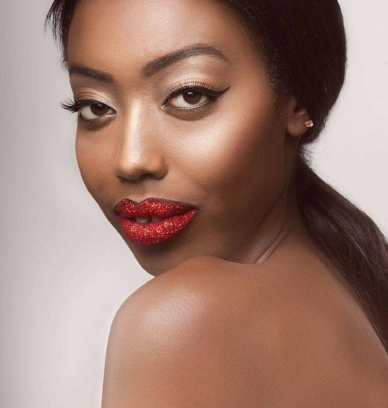 губы-в-глиттере-макияж-фото11.jpg