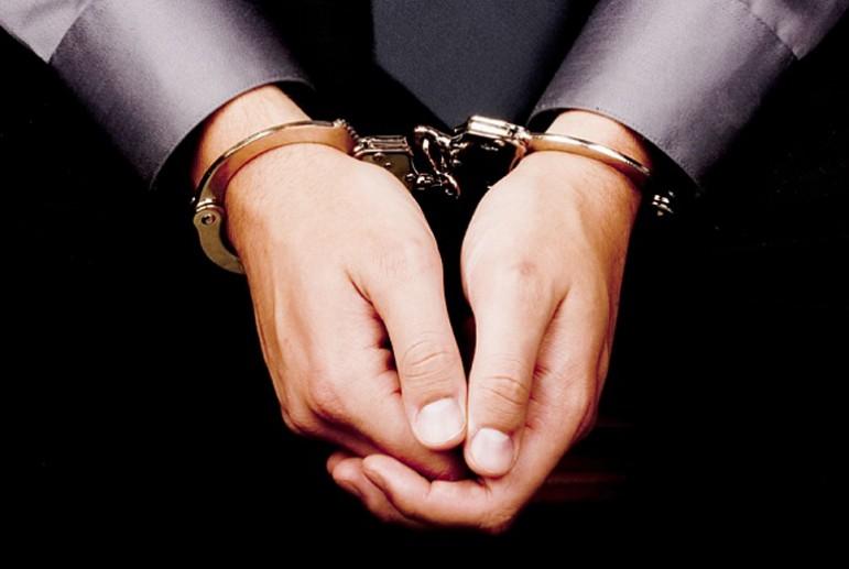 Юрист Сущенко винит суд в несоблюдении прав его клиента назащиту