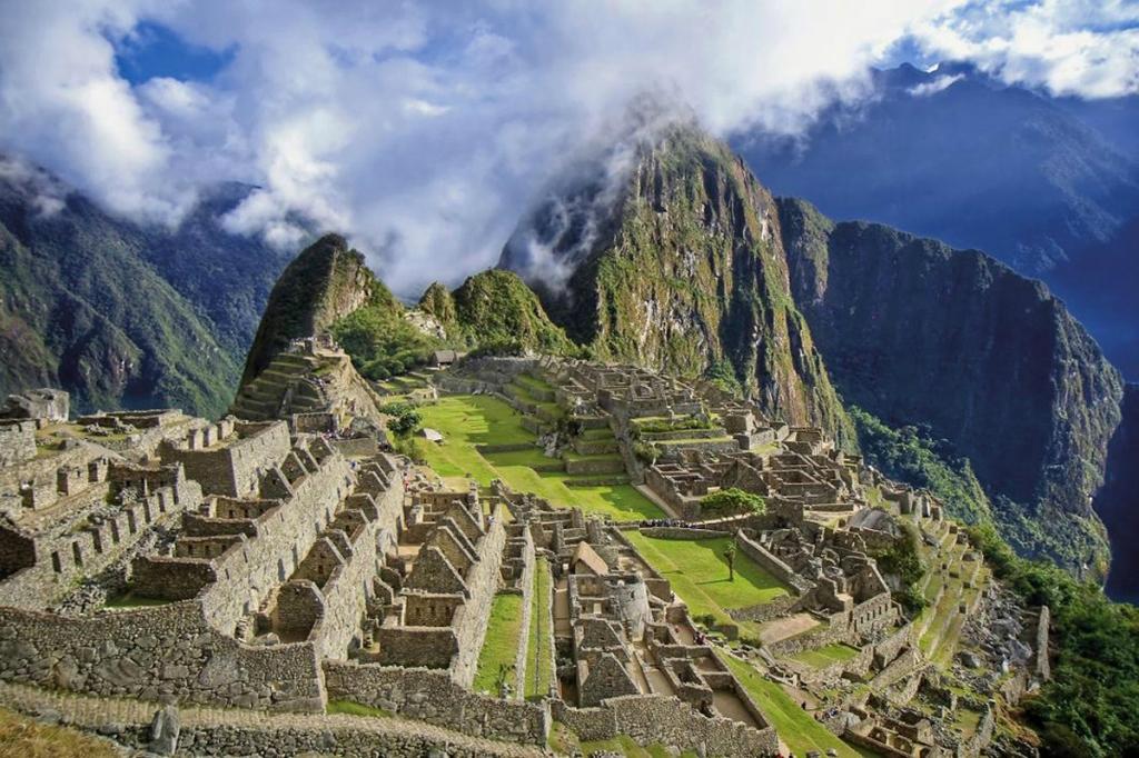 На заметку! 10 лучших туристических троп мира