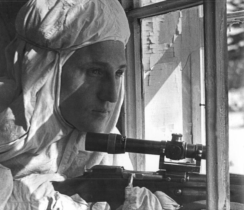 На Ленинградском фронте. 03.43.jpg