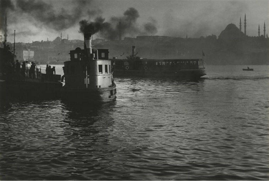 1951. Вид на Стамбул с Галатского моста
