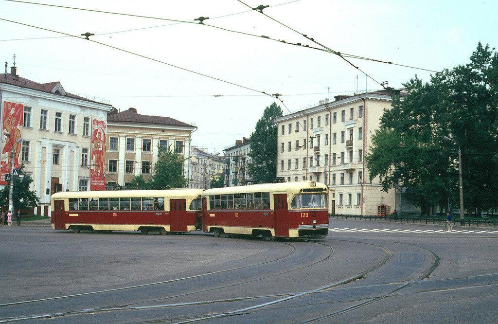 Площадь Смирнова