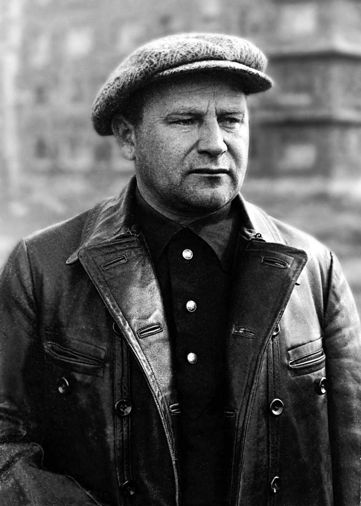 Казимир Петрович Ловин (1893-1937) — с 1929 по 1933 г. — начальник строительства ЧТЗ