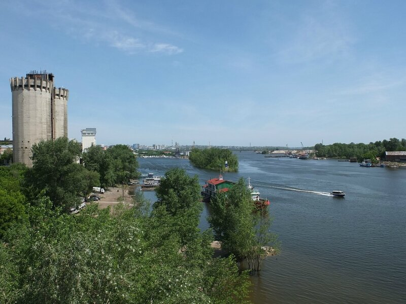 Фрунзенский мост, люки 129.JPG