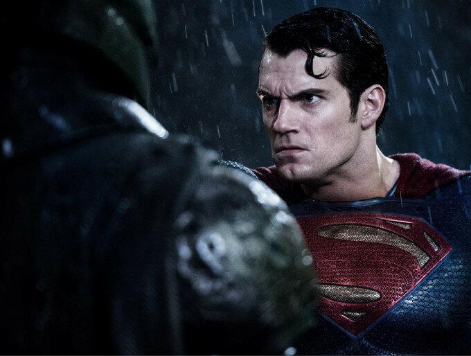 «Бэтмен против Супермена»: что нужно знать до просмотра фильма (видео мем «Грустный Аффлек»)