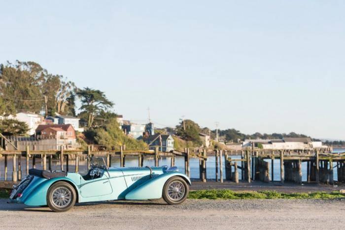По словам представителей аукционного дома, эта машина является не только «самым дорогостоящим Bugatt