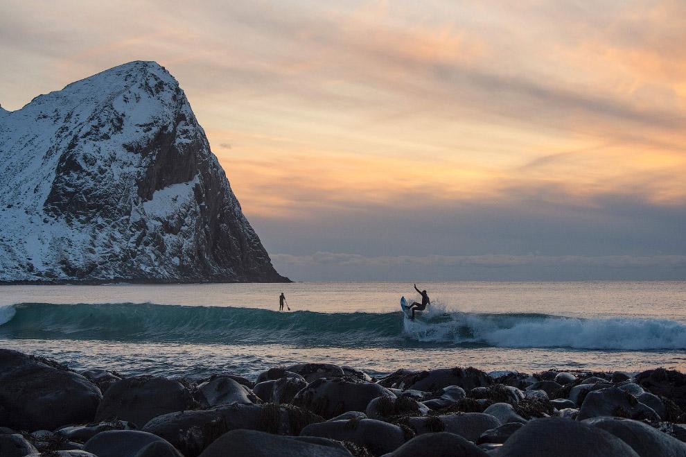 Инструктаж начинающих сёрферов на Лофотенских островах, 9 марта 2016.