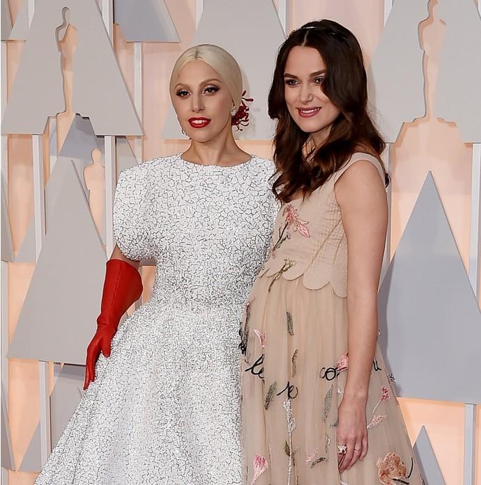 5. Леди Гага и Кира Найтли Сложно представить, что может быть у Леди Гаги и Киры Найтли общего, но н
