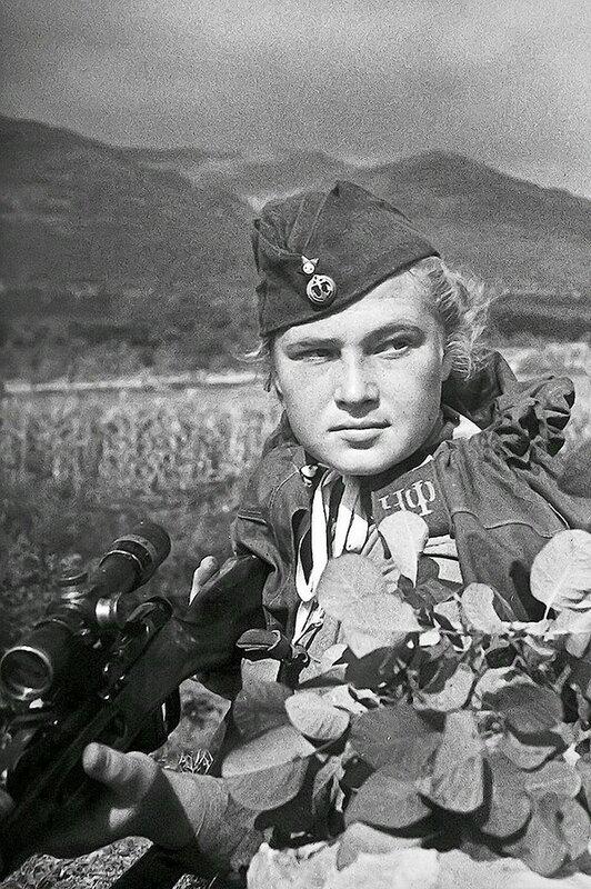 Фотография Е. Халдея(1917 - 1997)Фотохудожник Победы (9).jpg