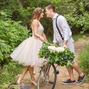 Двое и велосипед