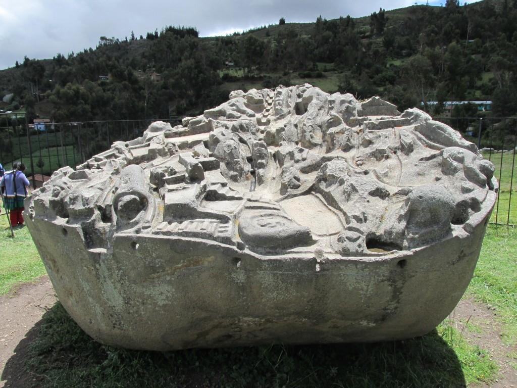 3D модель города на древнем камне