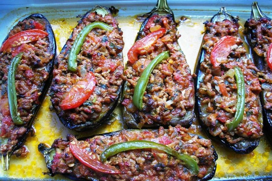 Баклажаны с рубленым мясом по турецки