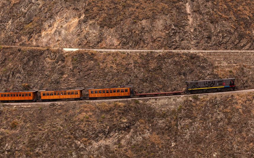 3. Нариз дель Дьябло, Эквадор Название этой дороги, проходящей между Алауси и Пальмирой, переводится