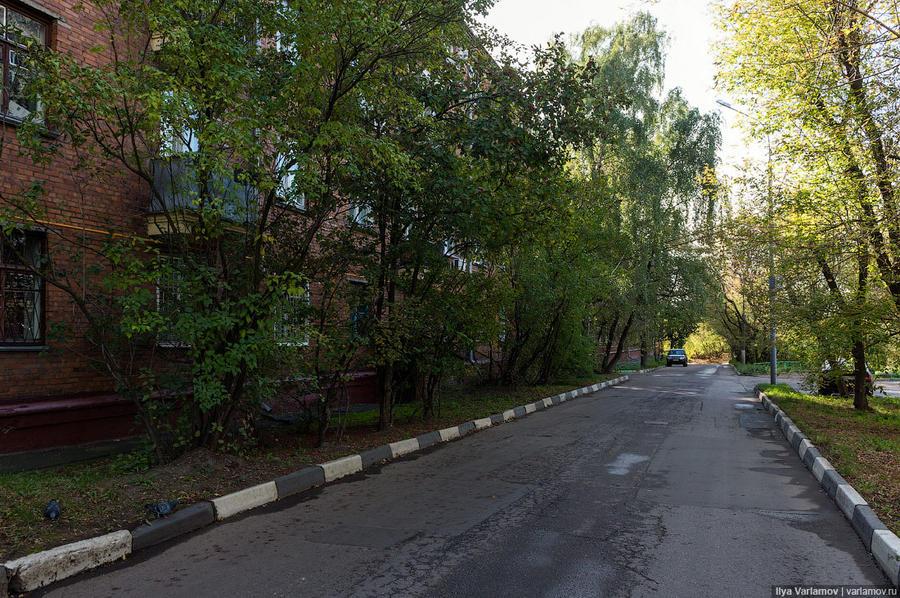 13. Это самый плохой район Москвы.