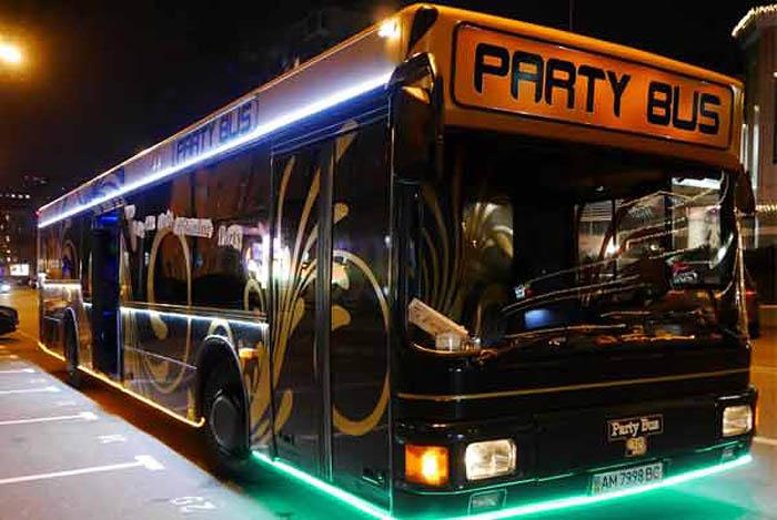 Party bus — лучший выбор для зажигательной вечеринки (6 фото)