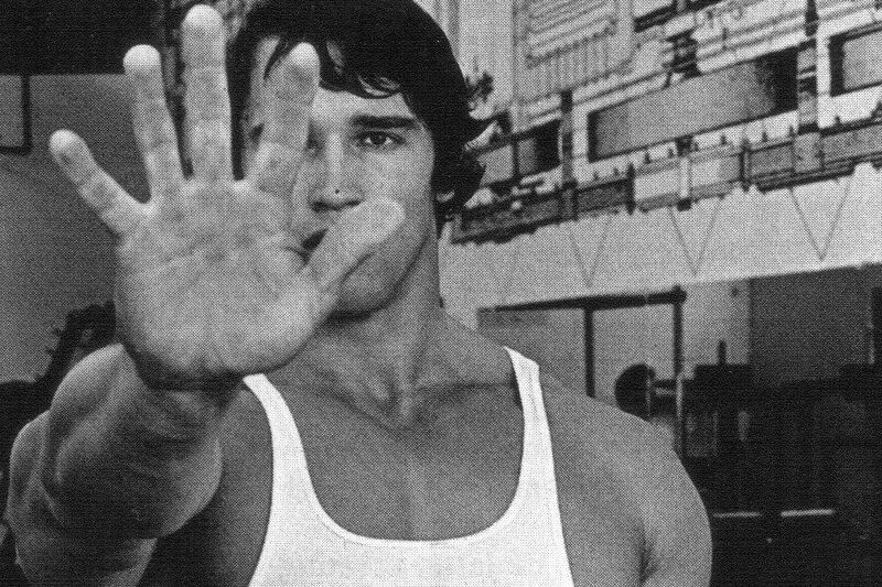 Арнольд Шварценеггер: В какой палец дунуть, чтобы накачать мышцы