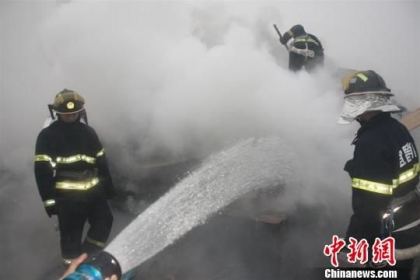 ВКитайской республике наугольной станции повыробатыванию электричества взорвалась паровая труба, неменее 20 человек погибли