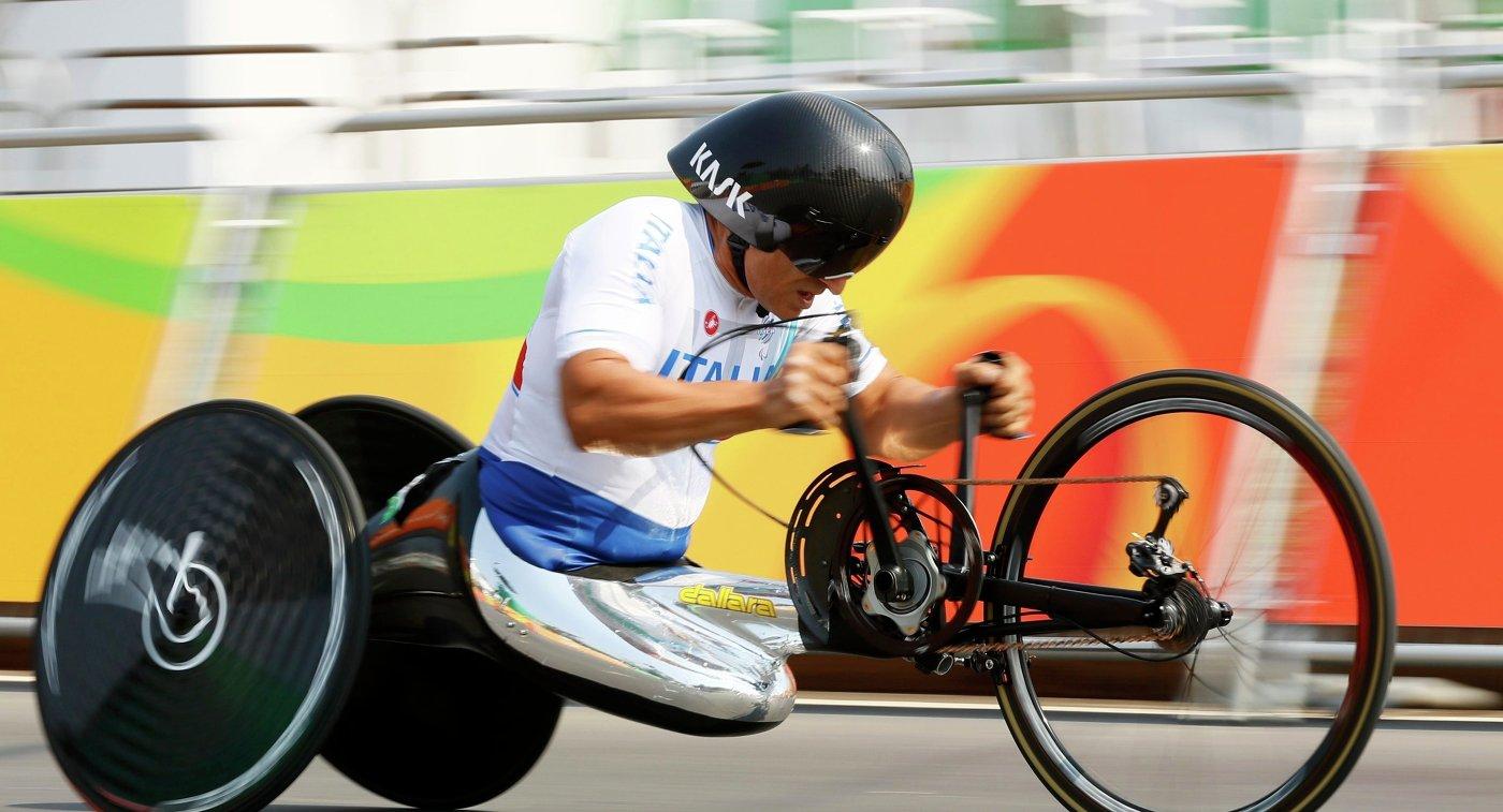 Прежний пилот «Формулы-1» стал трехкратным чемпионом Паралимпийских игр