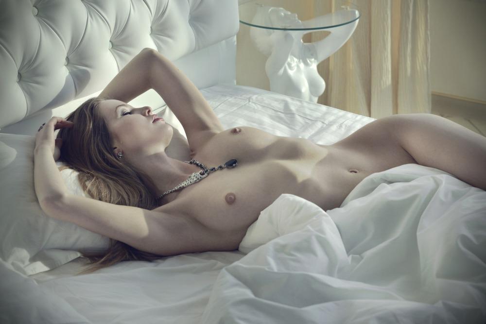 молодёжная эротика фото в постели