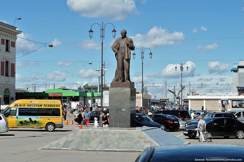 02Б. Ярославский вокзал. 08.08.16.02.Ленин..jpg