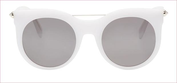 Alexander McQueen White Round Sunglasses Milky white sunglasses from Alexander McQueenwith metal to