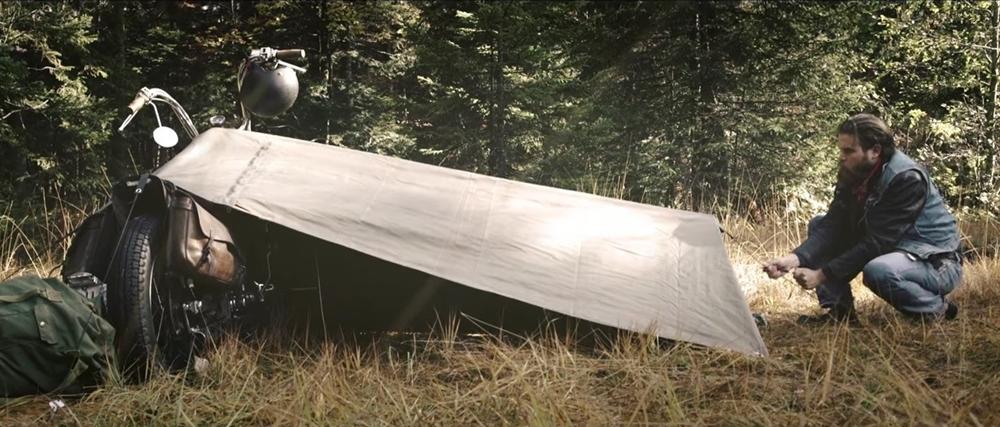 «Exposed Motorcycle Bivouac» - упрощенная палатка для мотоциклистов