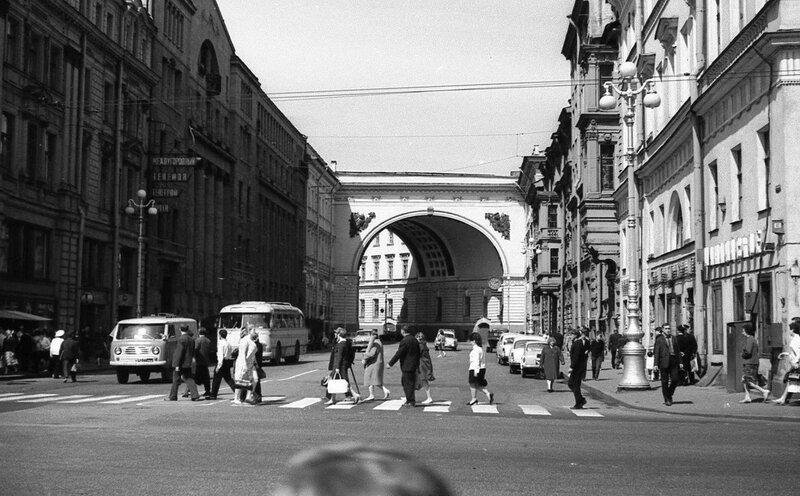 НАШ АДРЕС СОВЕТСКИЙ СОЮЗ.Первый раз в Ленинграде мы побывали в 1970г. Фото Н. Бродяного 001.jpg