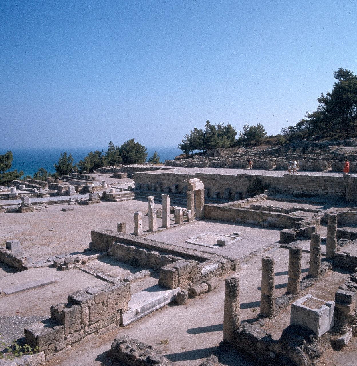 Камирос. Священный участок — периболос — с алтарями всем богам, почитавшимся в городе