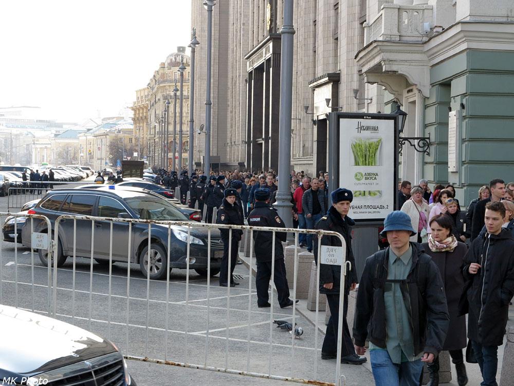Оцепление вдоль Моховой ул.