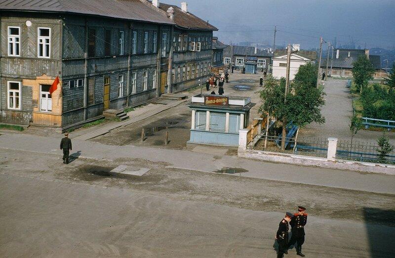 Мурманск. Сквер на улице Ленинградской. 1952-54 гг.