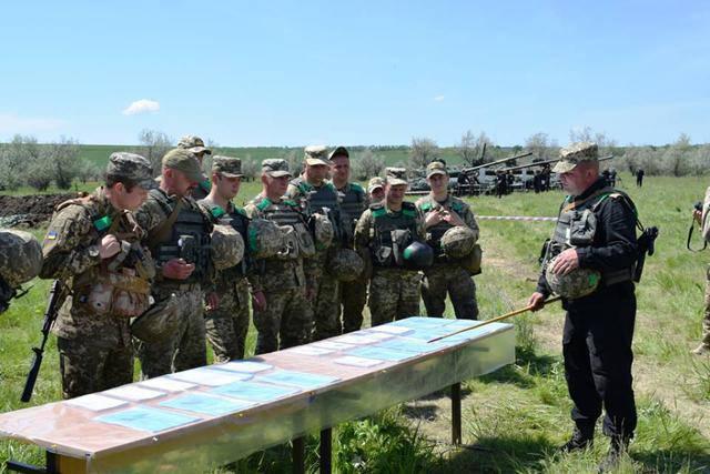 На Луганщине танкисты сил АТО отработали методику огневой подотовки. ФОТОрепортаж