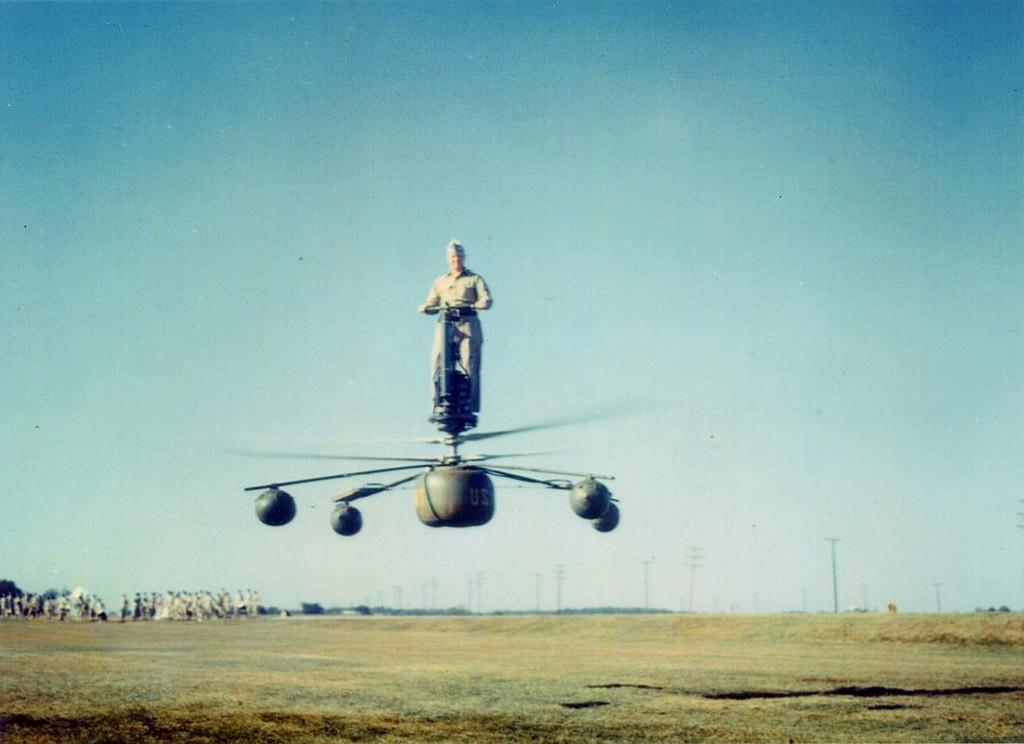 Ховербайк и реактивный ранец: топ необычных летательных аппаратов (30 фото)