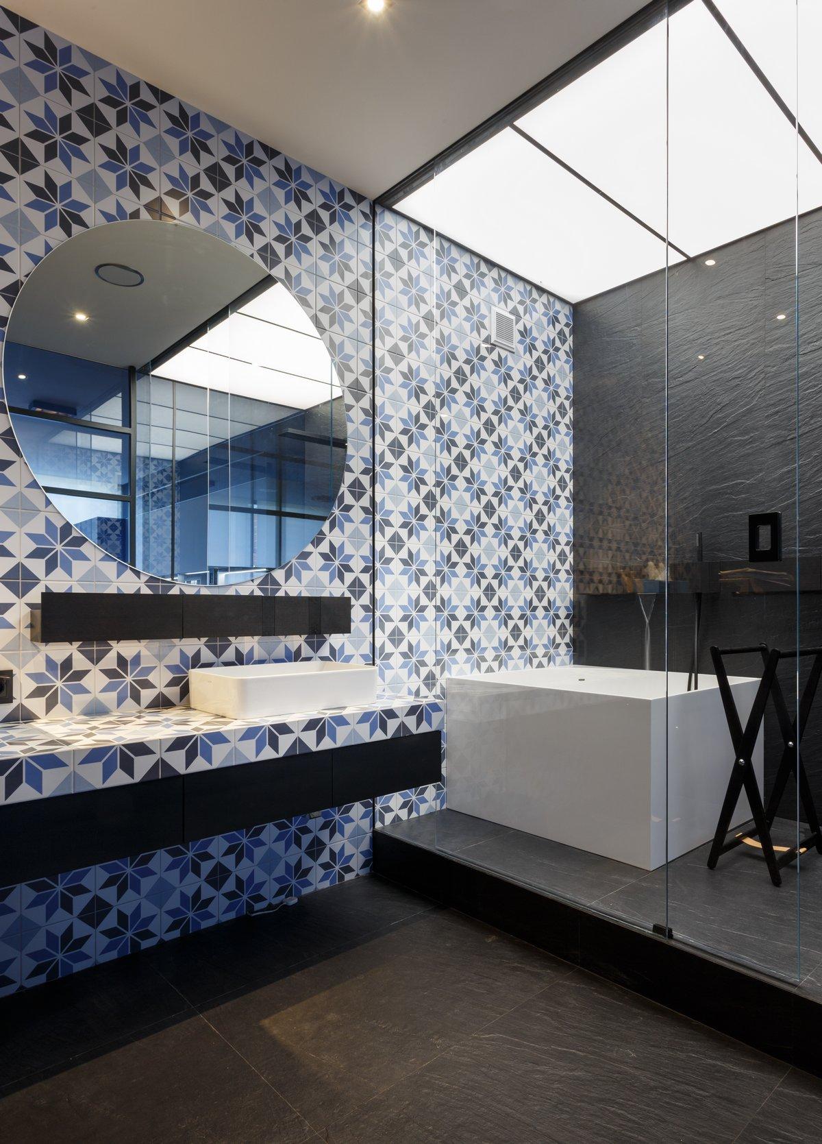 Современные апартаменты от Igor Sirotov Architects