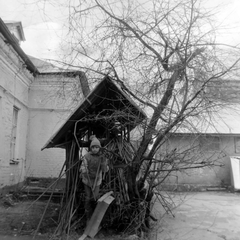 Московские дворы в 80-х в фотографиях Геннадия Михеева.4.jpg