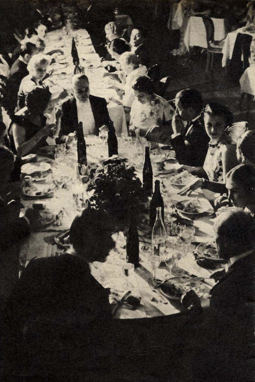 1938. В вечернем ресторане