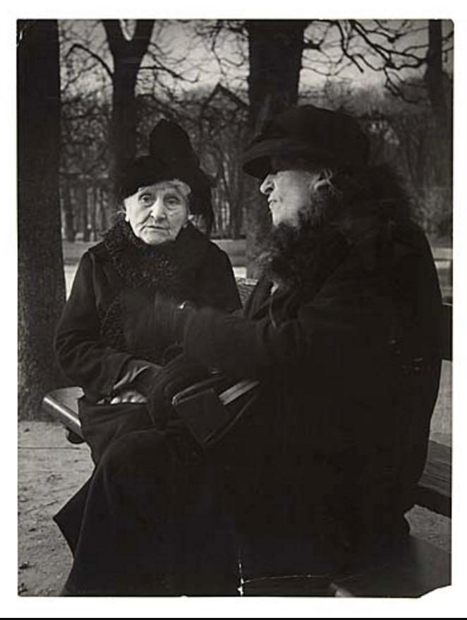 1950-е. Женская беседа