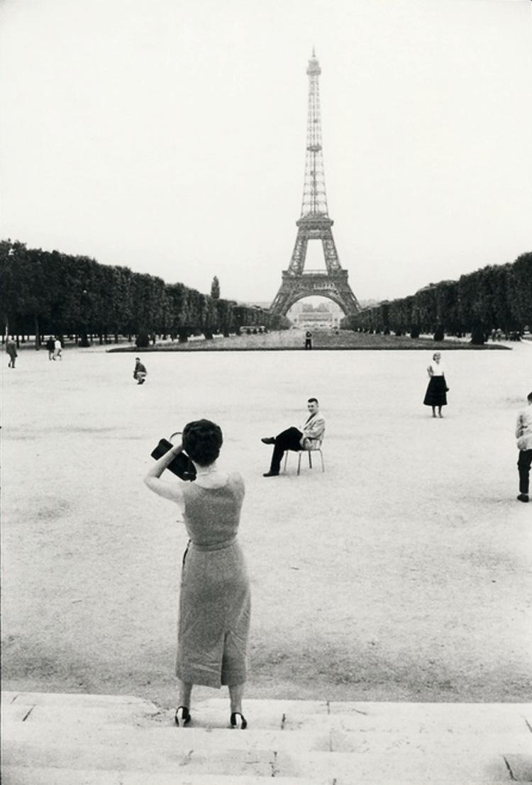 1950. Эйфелева башня