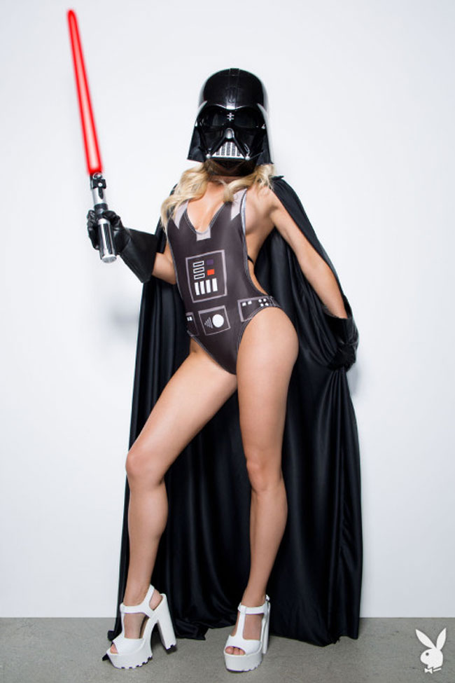 Модель Playboy примерила образы любимых персонажей из «Звездных войн»