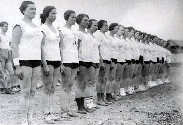 Уникальные снимки красавиц 1930-х годов